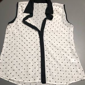 $$$$ 3 for $15 $$$$ Cato white and black tank top
